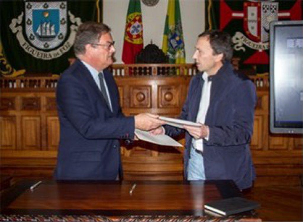 Assinatura de Protocolo